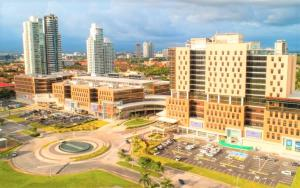 Consultorio En Alquileren Panama, Costa Del Este, Panama, PA RAH: 19-5150