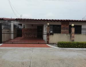 Casa En Ventaen Panama, Chanis, Panama, PA RAH: 19-5162