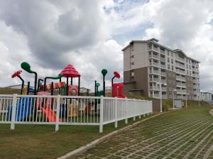 Apartamento En Ventaen Arraijan, Vista Alegre, Panama, PA RAH: 19-5307