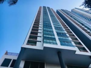 Apartamento En Ventaen Panama, Costa Del Este, Panama, PA RAH: 19-5384