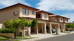 Casa En Alquileren Panama, Panama Pacifico, Panama, PA RAH: 19-5390