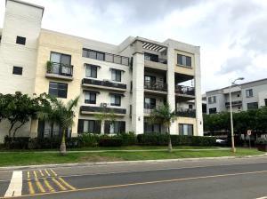Apartamento En Alquileren Panama, Panama Pacifico, Panama, PA RAH: 19-5405