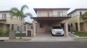Apartamento En Alquileren Panama, Panama Pacifico, Panama, PA RAH: 19-5406