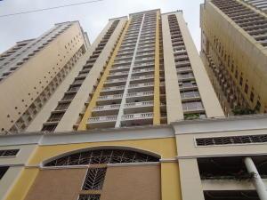 Apartamento En Alquileren Panama, Obarrio, Panama, PA RAH: 19-5448