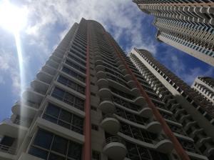 Apartamento En Alquileren Panama, San Francisco, Panama, PA RAH: 19-5489