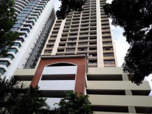 Apartamento En Alquileren Panama, Paitilla, Panama, PA RAH: 19-5516