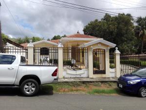 Casa En Ventaen Chitré, Chitré, Panama, PA RAH: 19-6150