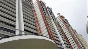 Apartamento En Ventaen Panama, San Francisco, Panama, PA RAH: 19-5567
