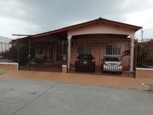 Casa En Ventaen Panama, Brisas Del Golf, Panama, PA RAH: 19-5686