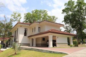 Casa En Ventaen Panama, Clayton, Panama, PA RAH: 19-5688