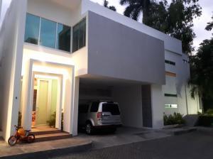 Casa En Ventaen Panama, Altos Del Golf, Panama, PA RAH: 19-5696