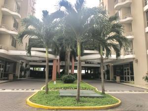 Apartamento En Alquileren Panama, San Francisco, Panama, PA RAH: 19-5694