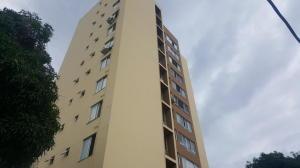 Apartamento En Alquileren Panama, Carrasquilla, Panama, PA RAH: 19-5769