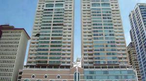 Apartamento En Alquileren Panama, Avenida Balboa, Panama, PA RAH: 19-6289