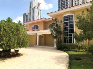 Casa En Alquileren Panama, Costa Del Este, Panama, PA RAH: 19-5901