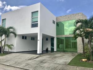 Casa En Ventaen Panama, Costa Sur, Panama, PA RAH: 19-5957