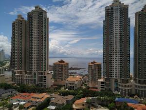Apartamento En Alquileren Panama, Punta Pacifica, Panama, PA RAH: 19-6163