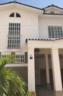 Casa En Alquileren Panama Oeste, Arraijan, Panama, PA RAH: 19-6323