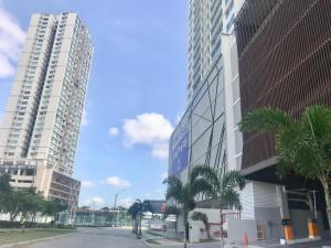Apartamento En Alquileren Panama, Costa Del Este, Panama, PA RAH: 19-6329