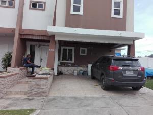 Casa En Ventaen Panama, Brisas Del Golf, Panama, PA RAH: 19-6338
