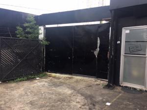 Galera En Ventaen Panama, Carrasquilla, Panama, PA RAH: 19-6394