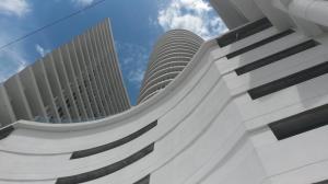 Apartamento En Alquileren Panama, Avenida Balboa, Panama, PA RAH: 19-6445