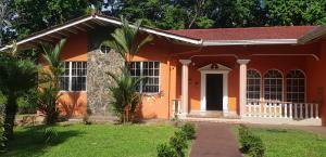 Casa En Ventaen Panama, Las Cumbres, Panama, PA RAH: 19-6916