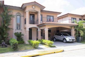 Casa En Alquileren Panama, Versalles, Panama, PA RAH: 19-6628