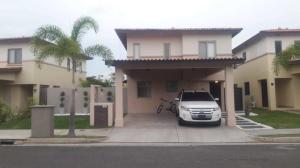 Casa En Alquileren Panama, Panama Pacifico, Panama, PA RAH: 19-6659