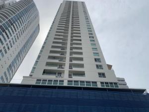 Apartamento En Alquileren Panama, San Francisco, Panama, PA RAH: 19-6669