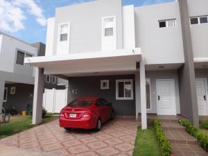 Casa En Alquileren Panama, Brisas Del Golf, Panama, PA RAH: 19-6801