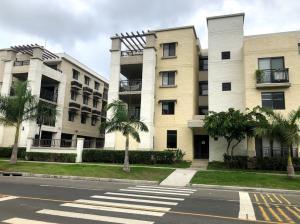 Apartamento En Alquileren Panama, Panama Pacifico, Panama, PA RAH: 19-6822