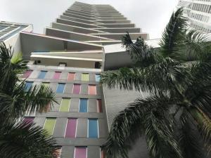 Apartamento En Alquileren Panama, Avenida Balboa, Panama, PA RAH: 19-6832