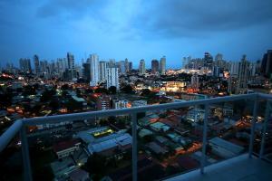 Apartamento En Alquileren Panama, Via España, Panama, PA RAH: 19-7317