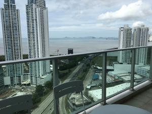 Apartamento En Alquileren Panama, Costa Del Este, Panama, PA RAH: 19-7345