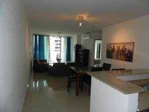 Apartamento En Ventaen Panama, Paitilla, Panama, PA RAH: 19-7840