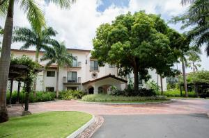 Apartamento En Ventaen Rio Hato, Buenaventura, Panama, PA RAH: 19-7873