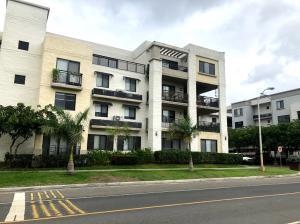 Apartamento En Alquileren Panama, Panama Pacifico, Panama, PA RAH: 19-7880