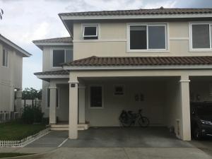 Casa En Alquileren Panama, Panama Pacifico, Panama, PA RAH: 19-8040
