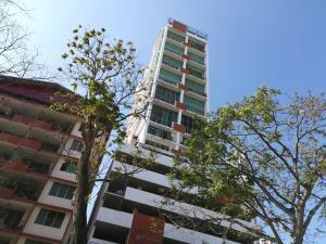 Apartamento En Alquileren Panama, El Cangrejo, Panama, PA RAH: 19-8421