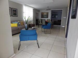 Casa En Ventaen Panama, Altos De Panama, Panama, PA RAH: 19-8426