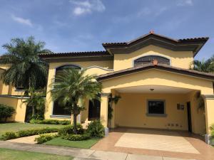 Casa En Alquileren Panama, Costa Del Este, Panama, PA RAH: 19-8437