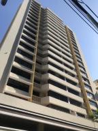 Apartamento En Alquileren Panama, Obarrio, Panama, PA RAH: 19-8452