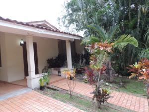Casa En Alquileren Panama, Diablo, Panama, PA RAH: 19-8493