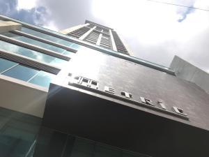Apartamento En Ventaen Panama, Obarrio, Panama, PA RAH: 19-8543