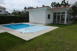 Casa En Alquileren Panama, Santa Maria, Panama, PA RAH: 19-8568