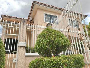 Casa En Alquileren Panama, Altos De Panama, Panama, PA RAH: 19-8720