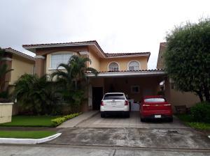 Casa En Alquileren Panama, Chanis, Panama, PA RAH: 19-8759
