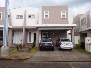 Casa En Ventaen Panama, Brisas Del Golf, Panama, PA RAH: 19-8780