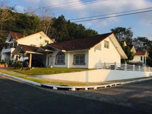 Casa En Ventaen Panama, Brisas Del Golf, Panama, PA RAH: 19-8836